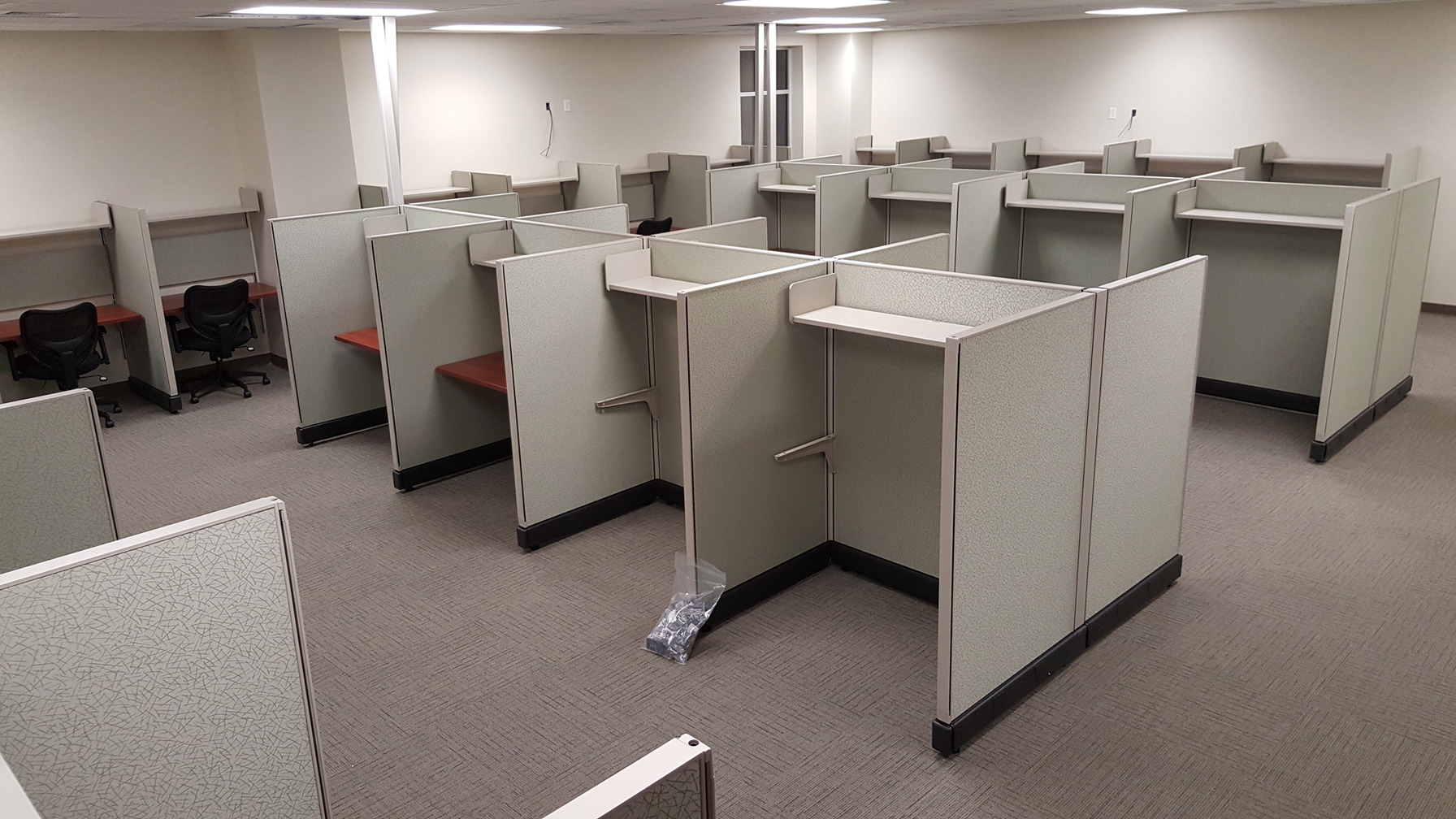 Call Center Plus Cubicles